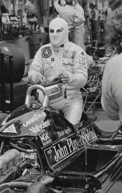 #11 Elio De Angelis...John Player Team Lotus...Lotus 91...Motor Ford Cosworth DFV V8 3.0...1982