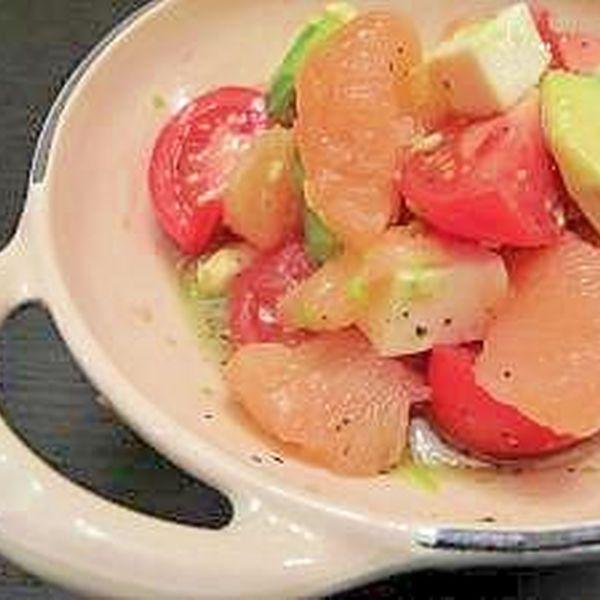 グレープフルーツドレッシング仕立てのサラダ