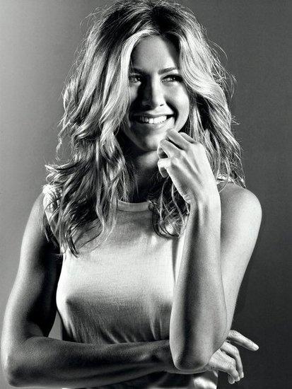Jennifer Aniston in Elle September 2009