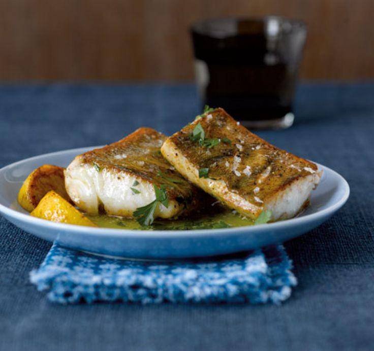 Rezept für Knusperzander bei Essen und Trinken. Ein Rezept für 2 Personen. Und weitere Rezepte in den Kategorien Fisch, Kräuter, Hauptspeise, Braten, Einfach, Schnell.