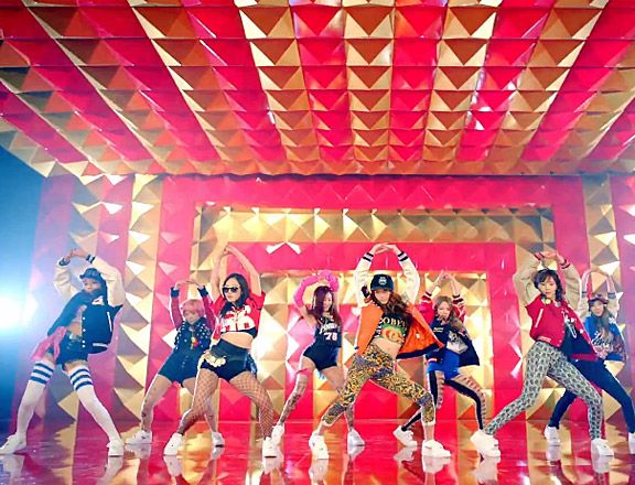 Girls Generation I got a Boy I love this video even though I can't understand them when they are singing in Korean
