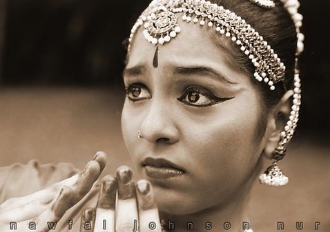 Nawfal Nur picture 'Bharatanatyam Dancer - Expression - Fear'