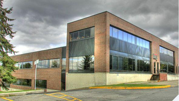 700 Industrial Avenue #Ottawa #Warehouse