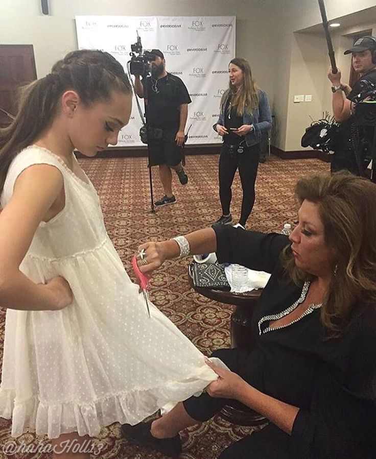 Added by #hahah0ll13 #MaddieZiegler with Abby Lee Miller on the #Ziegler last episode of Dance Moms