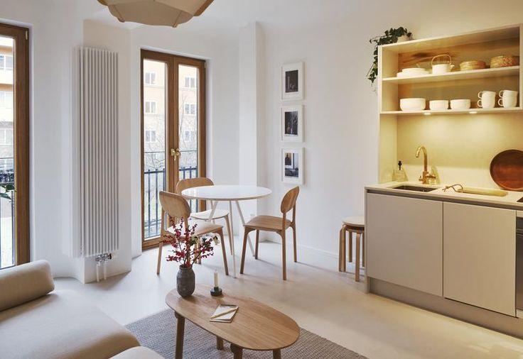 Andreas Martin-Löf, in collaborazione con la designer Monica Förster, trasforma una vecchia sala cinematografica in un complesso residenziale minimal ed elegante
