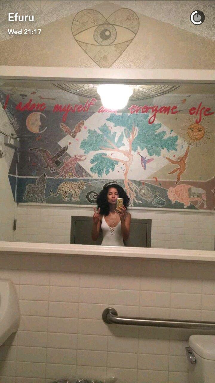 Jhene Aiko Selfie Ideas