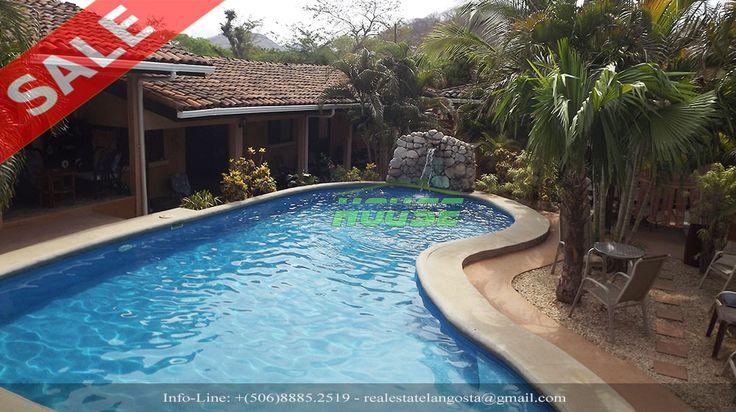 Vendesi avviato Condo Turistico con  8 appartamenti completamente arredati, Piscina, Zona Grill, Lavanderia, Giardino, Parcheggio privato Tamarindo Costa Rica