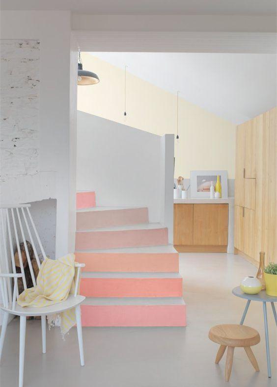 peinture escalier rose pastel