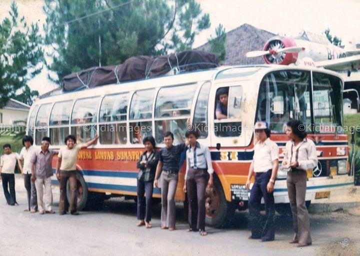 Bus Antar Lintas Sumatera 1980