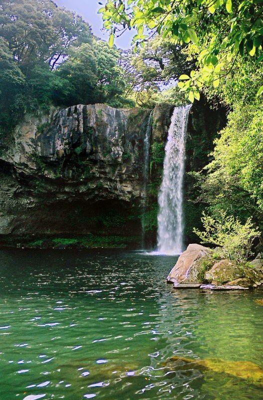 Cheonjiyeon Falls, in Seogwipo, Jejudo_ South Korea