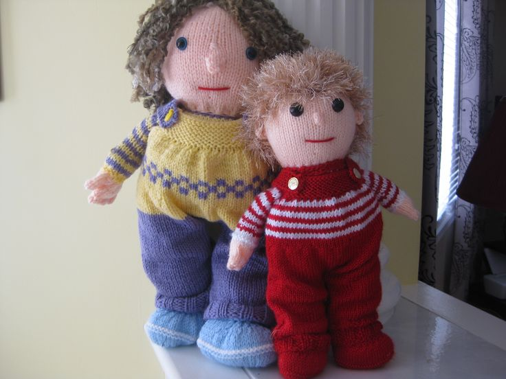 Knitted Boy and girl poppet dolls