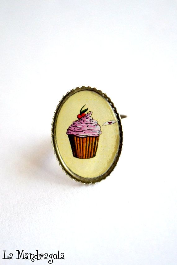 Cupcake sweet pink ring original artwork. Adjustable by Mandragola #italiasmartteam #etsyshop #etsy #shopping #giftidea @etsy