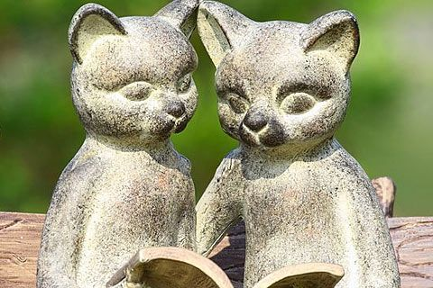 21 Cat Garden Ornaments to Catify your Summer Garden and Lawn | Pictures of Cats, Cat Pictures