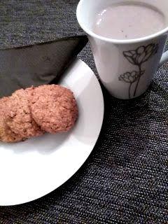Galletas de avena, receta con la que seguro triunfarás, es ríquisima y fácil de hacer. Receta del blog Recomiendo by Pola & Cleme