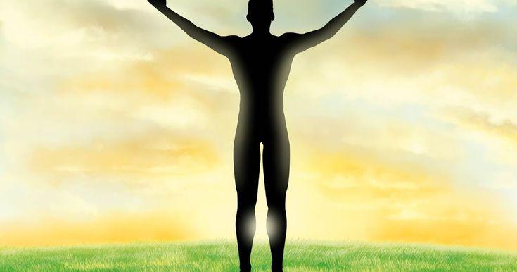 """Ez egy nagyon egyszerű vizualizációs technika, amelyet jó elvégezni bármely meditáció elején. Az a célja, hogy mozgásba hozza energiánkat, megszüntesse az energiaáramlás akadályait, és a fizikai világhoz kapcsolva tartson minket, nehogy """"elszálljunk"""" meditáció közben. / Teremtő képzelet/Vizualizáció: Földhöz rögzítés és az energia áramoltatás ~ Shakti Gawain, spirituális tanítások, spiritualitás, teremtés, teremtő képzelet, tudatos teremtés, vizualizáció, spirituális gyakorlatok..."""