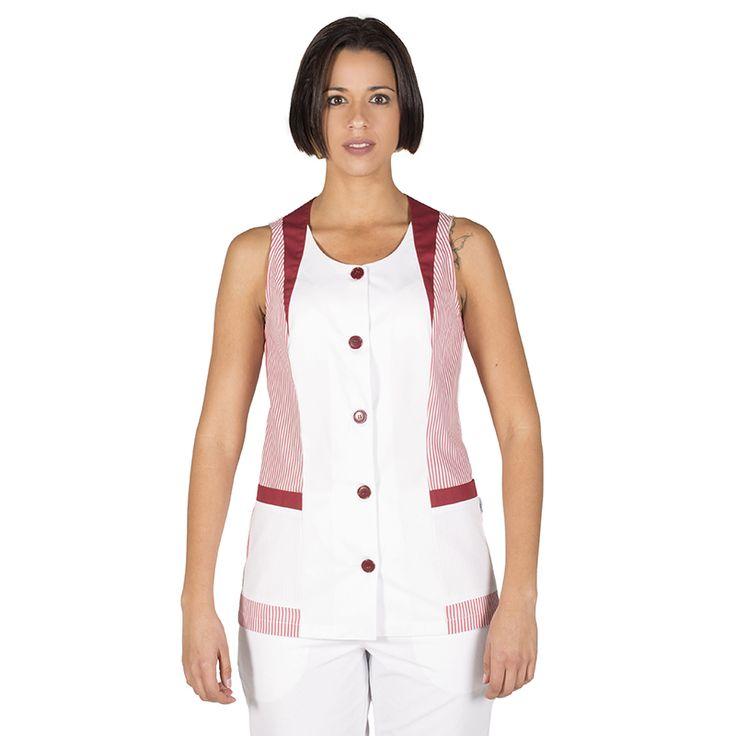 6092 blusa limpieza Carol, en manga corta, con botones y vichy burdeos. Gary's