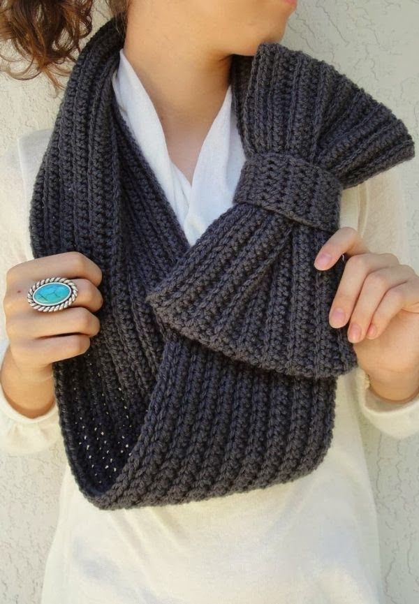 Soft And Chunky Infinity Scarf