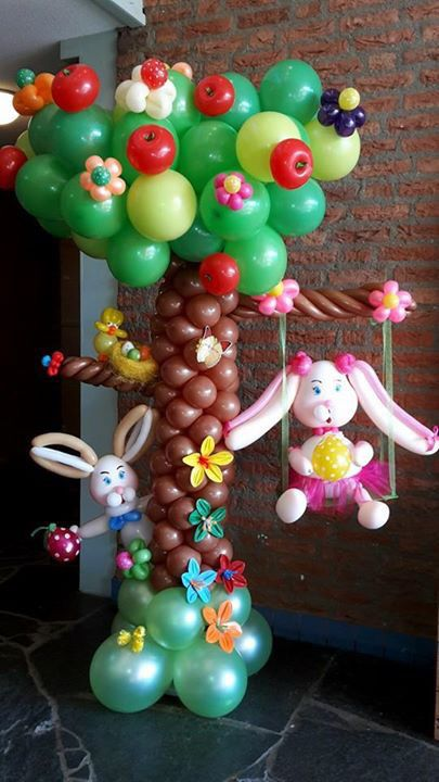 Spring time balloon sculpture