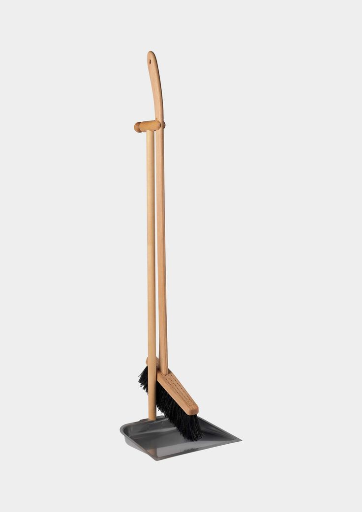 LONG HANDLE DUSTPAN AND BRUSH | TOAST