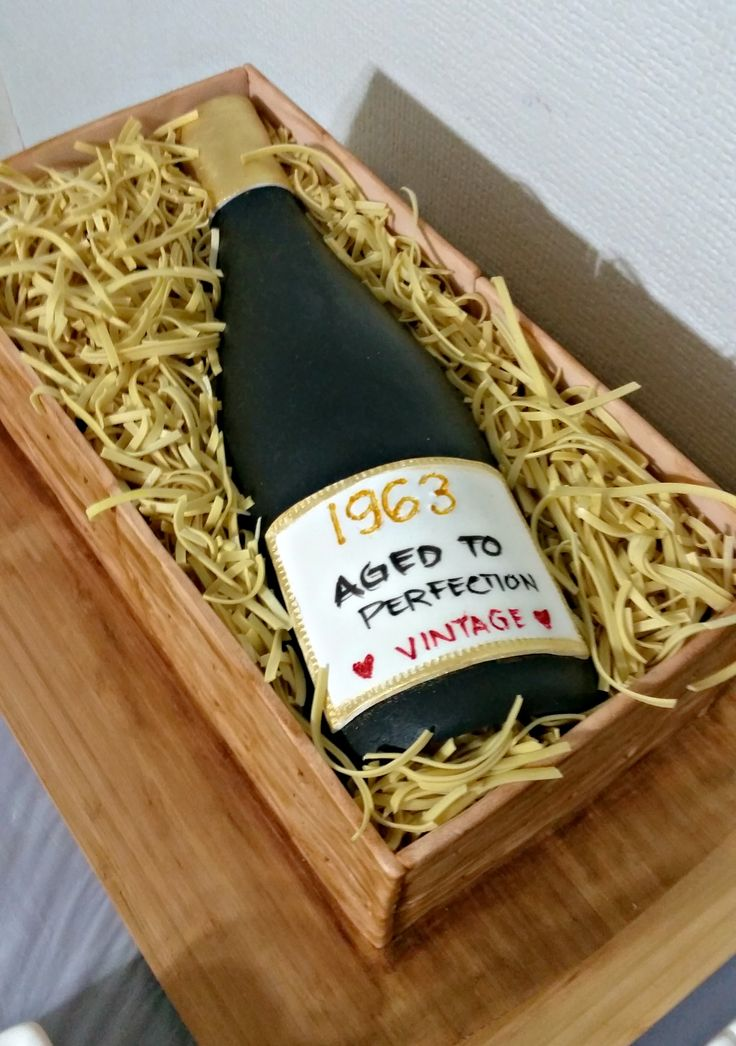 Wine in a wooden box cake for hubby's birthday :0