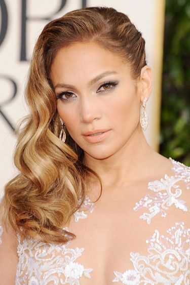 The Prettiest Valentine's Day Hair and Makeup Ideas