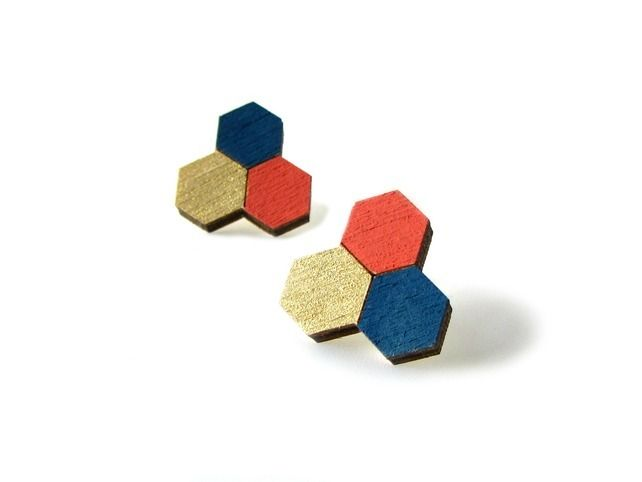 Honeycomb Trio Geometric Stud Earrings painted in terracotta, gold and navy, inspired by the natural world #redpaperhouse #graphic #jewellery #geometric