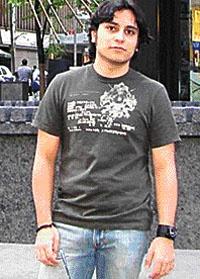 Miguel Ángel Salek  Cruceño, tiene 28 años y trabaja en efectos especiales para películas de Hollywood. En 2006 fue parte del equipo de Ultravioleta. Un año más tarde se encargó del Hombre de Arena en Spider Man 3 y de Next. El 2008 estaba enrolado en El Caballero Oscuro (Batman) y luego prestó su talento para Harry Potter y el Misterio del Príncipe, Harry Potter y las reliquias de la muerte, Iron Man 2, 2012 y este año participó en la creación de efectos especiales para el filme Los…