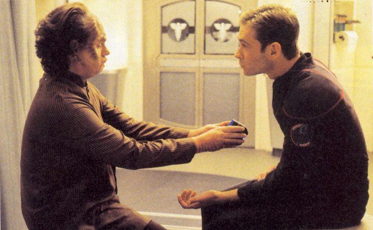 Star Trek: Enterprise. Promo shots. Unexpected.