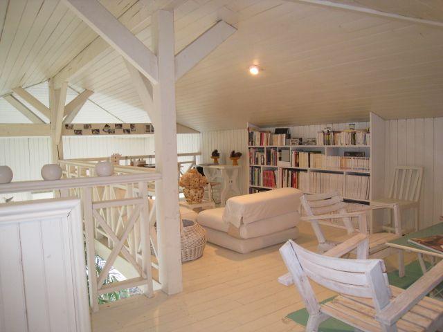 ref 135 : superbe villa bois très lumineuse ( le canon ) Cap Ferret Immobilier et Bassin arcachon 2011