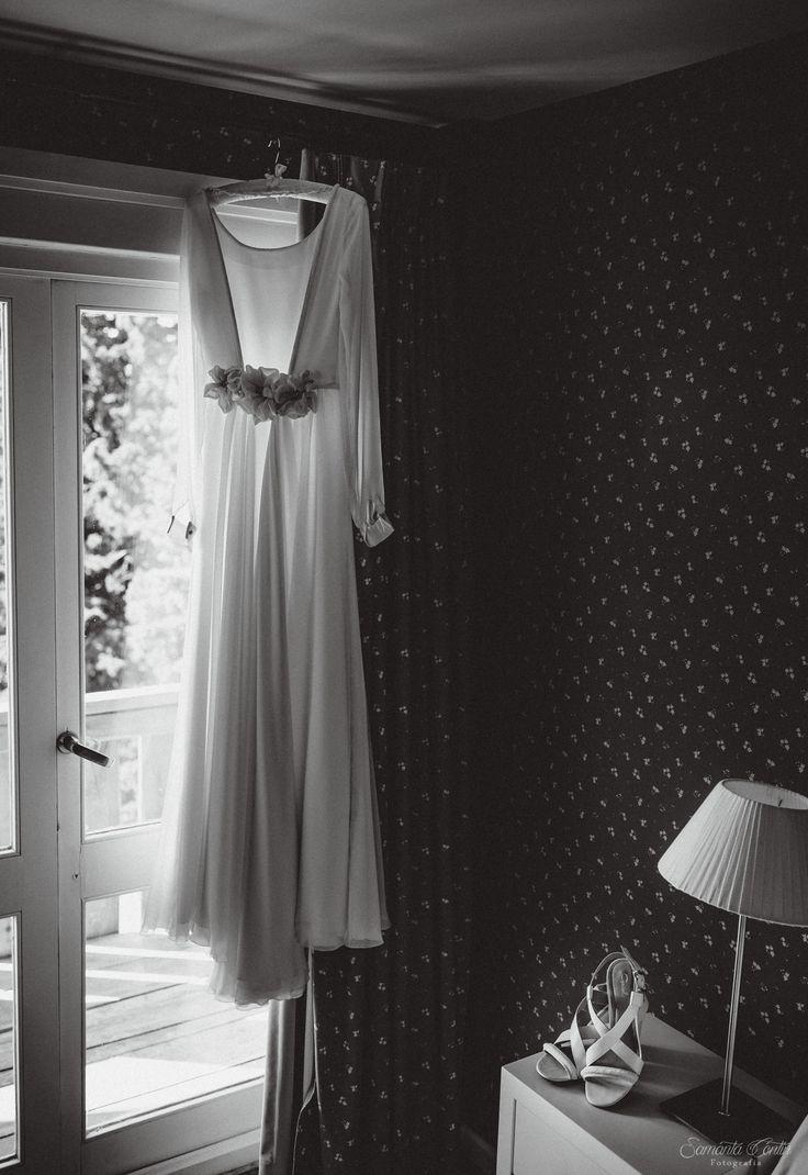 Vestido de Novia por Delia Medina. Hotel Tunquelén Bariloche samantacontin.com wedding dress, vestido da noiva, zapatos