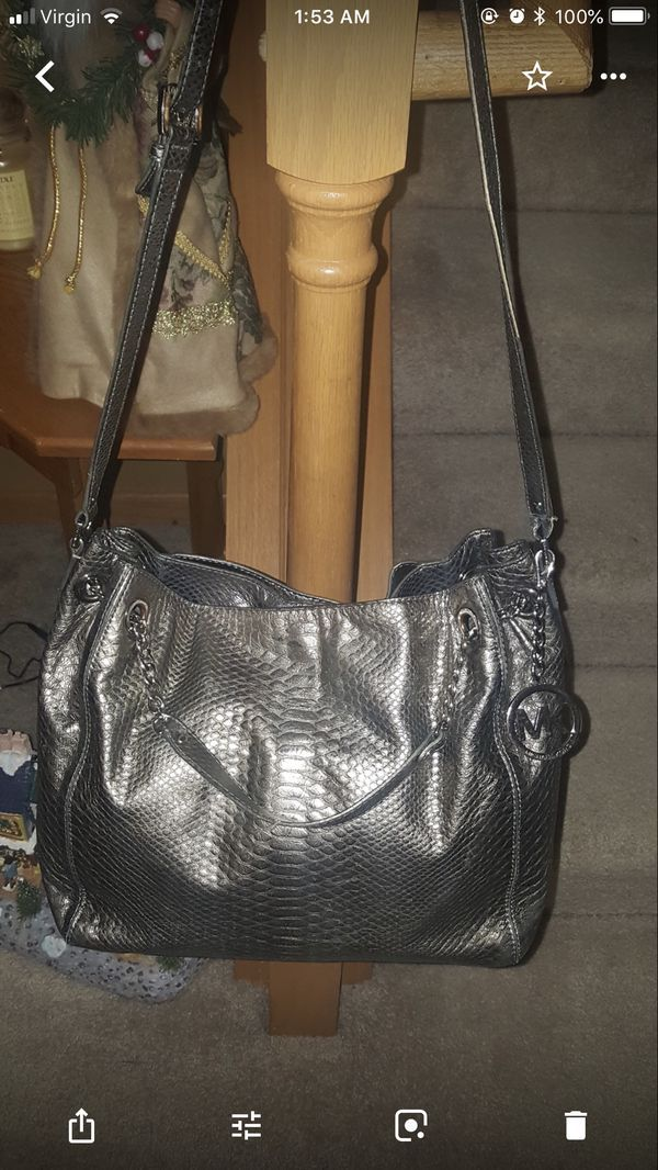 e15f0f56d2cdc5 MK Silver Satchel for Sale in Monticello, MN in 2019 | My Posh ...