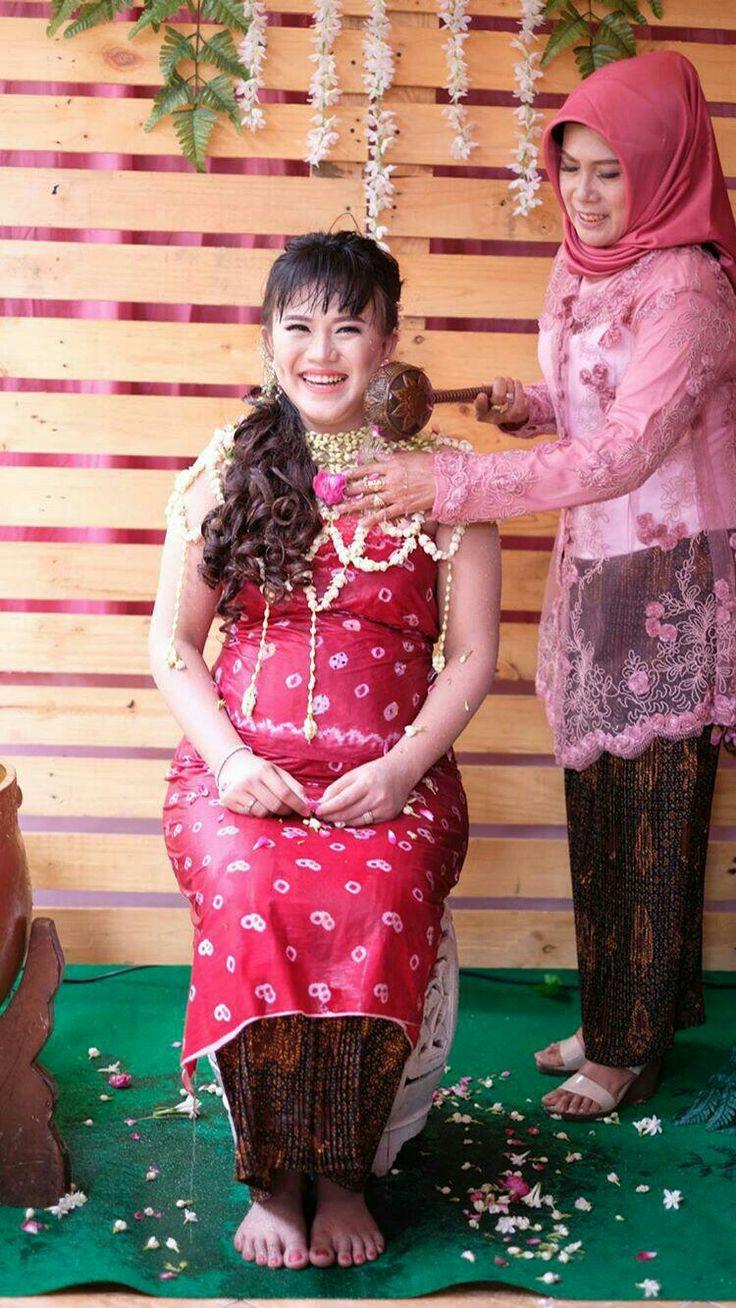 Tomy Damara Wedding