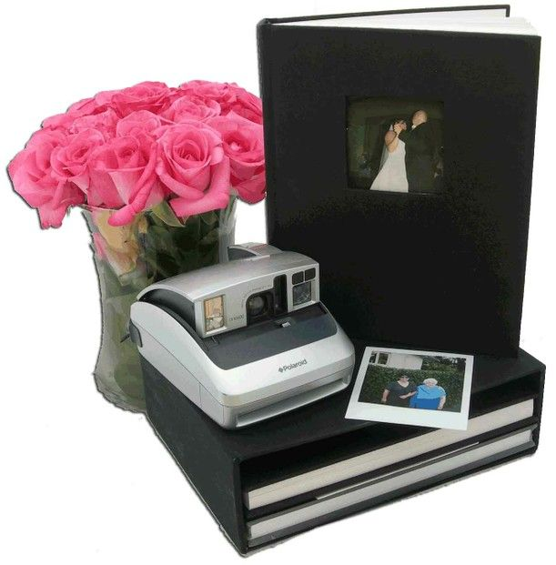 Wedding Guest Book Where It S Your Guests That Sign Their: 1000+ Ideas About Polaroid Guest Books On Pinterest