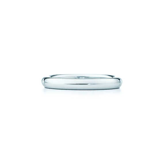 Elsa Peretti® stacking band ring in platinum.   Tiffany & Co.