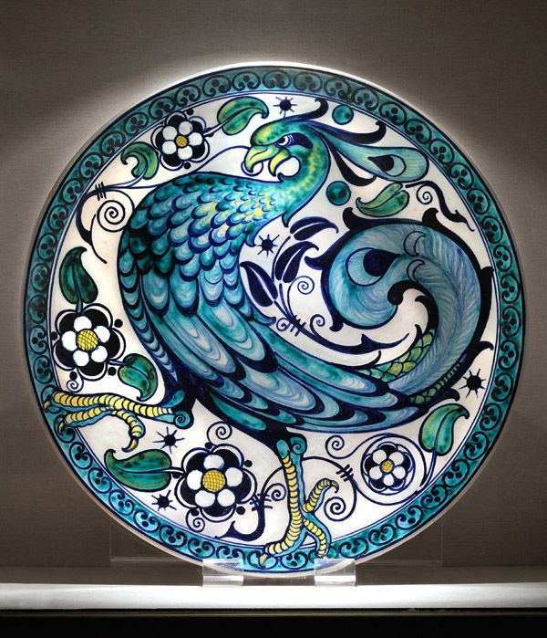 Majolica was, for the Chini family, the most widely used ceramic. It also found a place of honour in the Fornace San Lorenzo factory