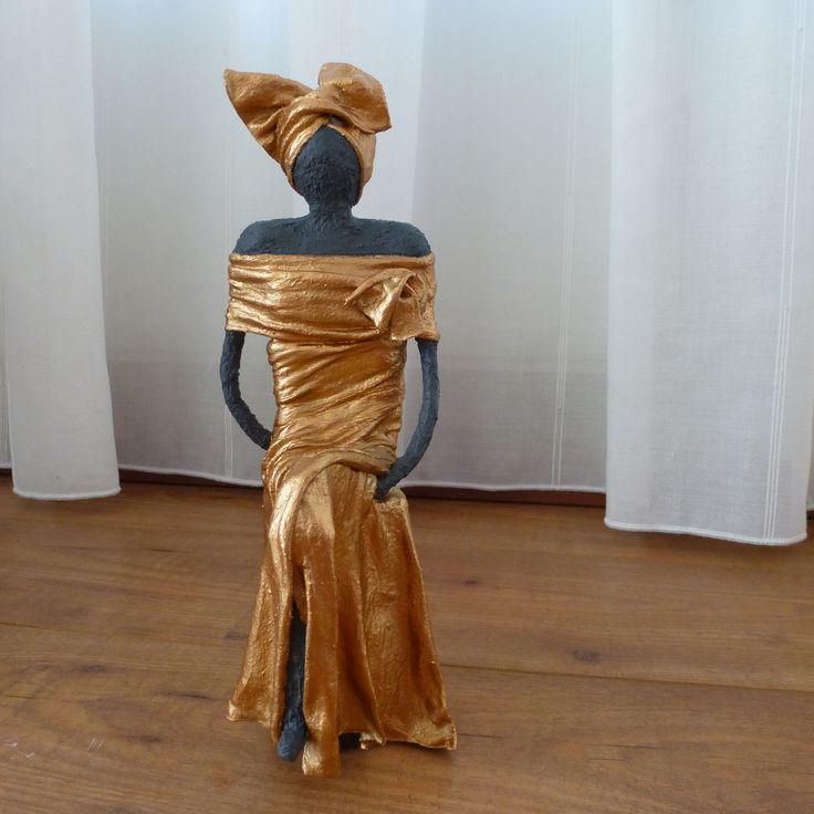 Meer dan 1000 afbeeldingen over vrouwen beelden op pinterest kunst producten en met - Beeld van eigentijds huis ...
