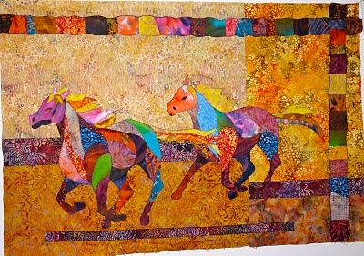 Feeling Simply Quilty: The horse quilt is out of the bag