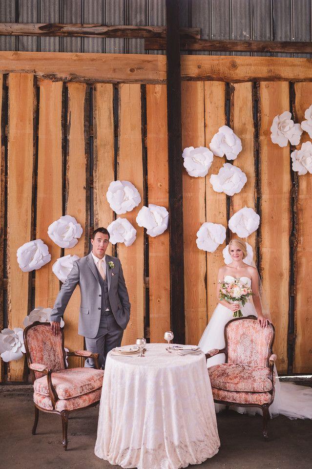 #wedding #barn #barnwedding #bride #groom #barnwood #sweethearttable #photography #reception #peach #KevinTrowbridge