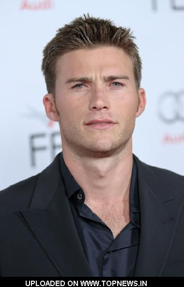 Scott Eastwood-a hottie just like his dad!