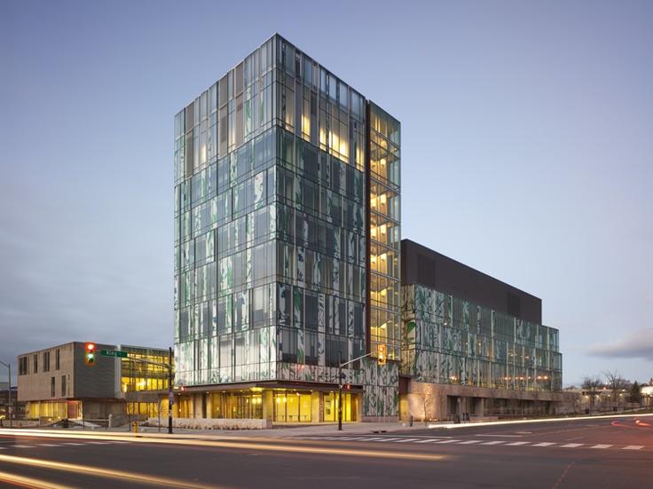 University of Waterloo School of Pharmacy in Ontario by Hariri Pontarini Architects