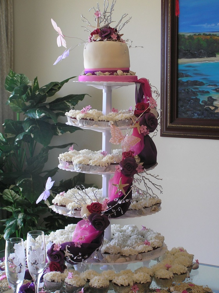 how to make a wedding cake out of cupcakes 83 best images about cake stands on wedding 15896