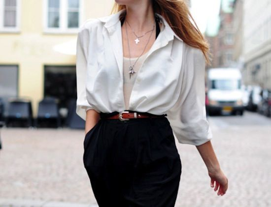 As a basic item in everyone's wardrobe, white shirt is far more functional than you think it would be. In this breezing spring, it's time to u