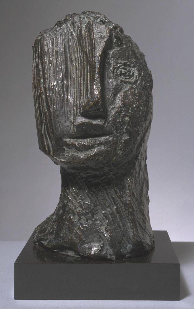 Jean Fautrier 'Large Tragic Head' (Grande tête tragique), 1942 Bronze on marble base © ADAGP, Paris and DACS, London 2015