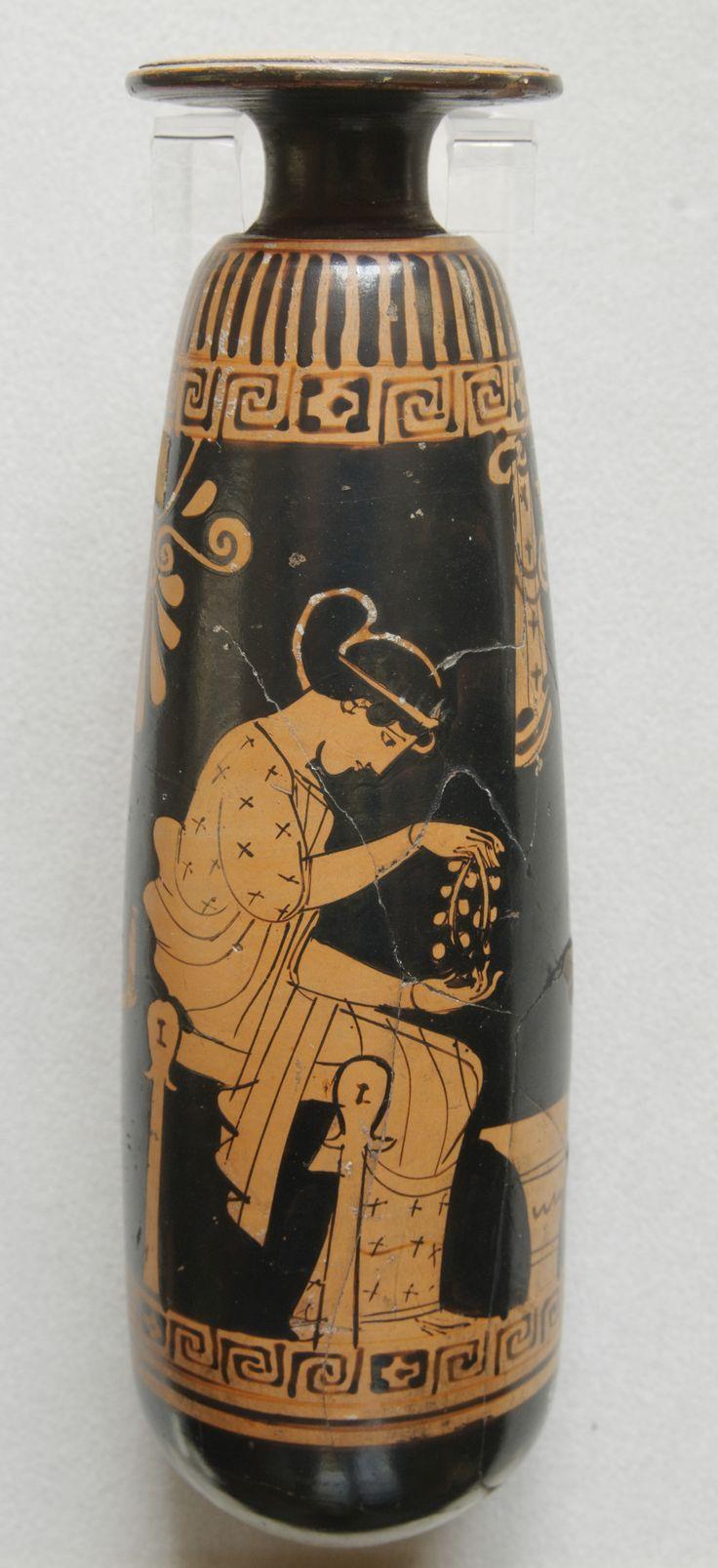 l'Olpe di Chigi, brocca in ceramica policroma, 640 a.C. Museo Nazionale di Villa Giulia, Roma.