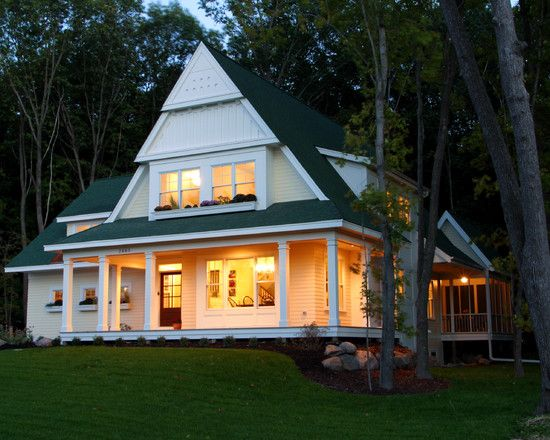 568 best images about lake home exteriors on pinterest for Classic cottage house plans