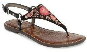 True boho chic sandals. The floral pattern is sooo beautiful!