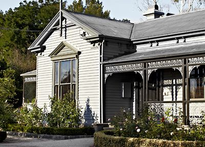 Ellis House in Victoria (an hour from Melbourne) in the Region of Kyneton