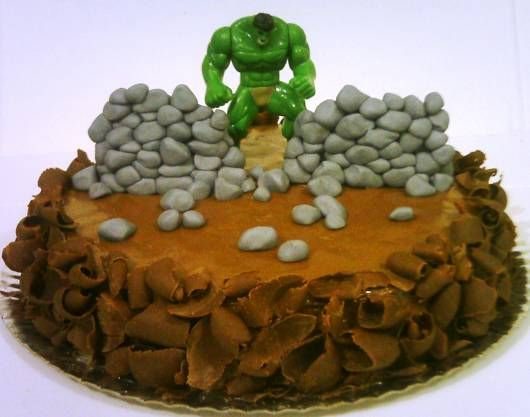 bolo de chocolate do incrível hulk