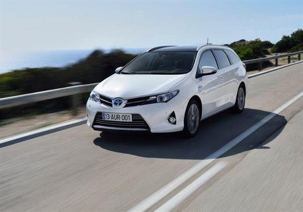 L'assureur MAAF aime les voitures hybrides et électriques