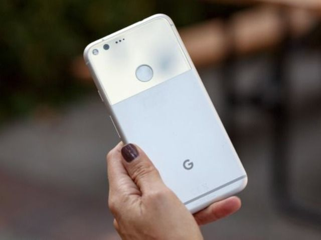 グーグルは以前、インターネット接続不要でスマートフォン間でのファイル共有を可能にすることを約束した。そして、「Nearby Connections 2.0」APIでその約束を果たそうとしている。